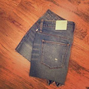 Universal Thread Sz. 8 Shortie Shorts
